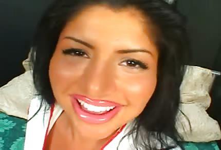 Il baise avec une infirmière Latino