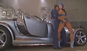 Sexe dans la voiture