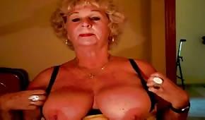 Le sexe tchat avec une femme de soixante ans