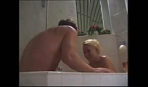 Le sexe avec une blonde
