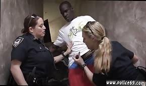 Des policières implorent le bandit
