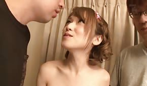 Babes orientales aiment le sperme