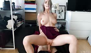 Sexe doux avec la jeune Eva Elfie