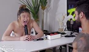 Jeu porno avec une nana blonde